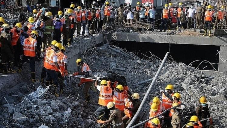 مقتل 11 عاملا بانهيار مصنع في الهند