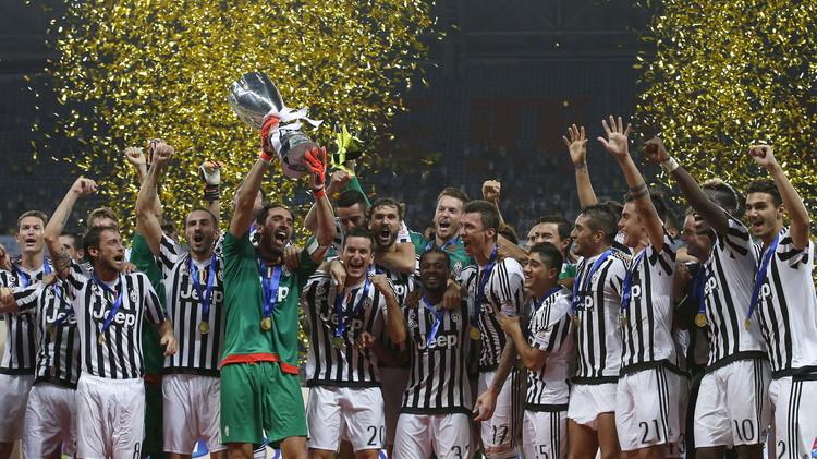 يوفنتوس يعانق كأس السوبر الإيطالي للمرة السابعة.. (فيديو)