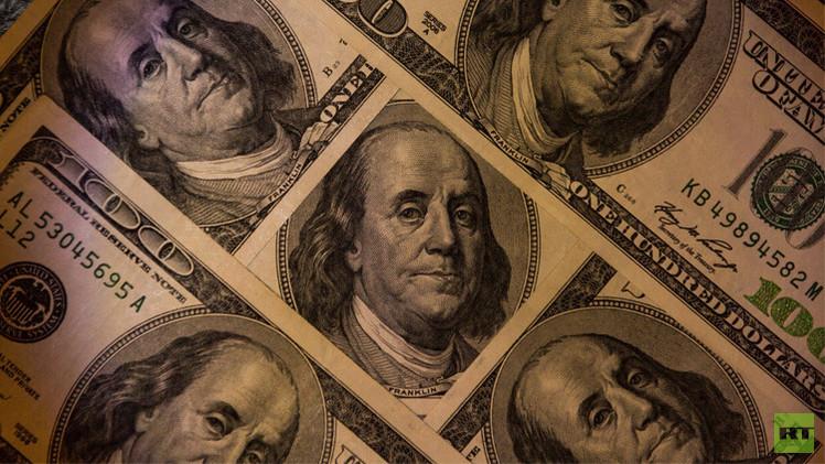 الدولار يصعد بعد بيانات اقتصادية أمريكية