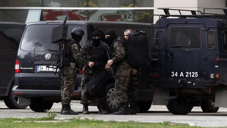 مقتل 3 جنود أتراك بانفجار لغم شرق البلاد