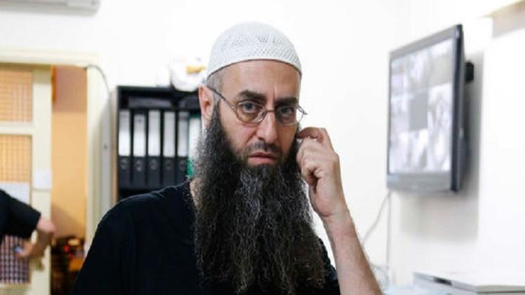 لبنان.. اعتقال أحمد الأسير في مطار بيروت (صور)