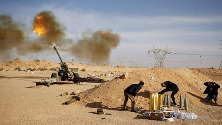 الحكومة الليبية المؤقتة تتبنى قصف مواقع لـ