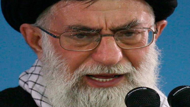 خامنئي: لن نسمح بأي تغلل أمريكي في إيران بعد الاتفاق النووي