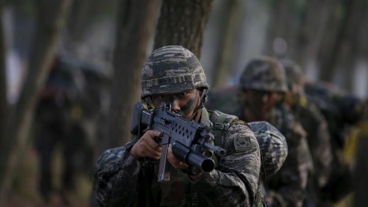 انطلاق مناورات عسكرية كورية جنوبية أمريكية رغم تهديدات كوريا الشمالية