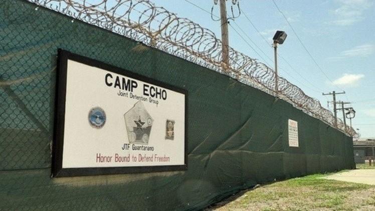 البنتاغون يخطط لاستبدال معتقل غوانتانامو بسجنين في الولايات المتحدة