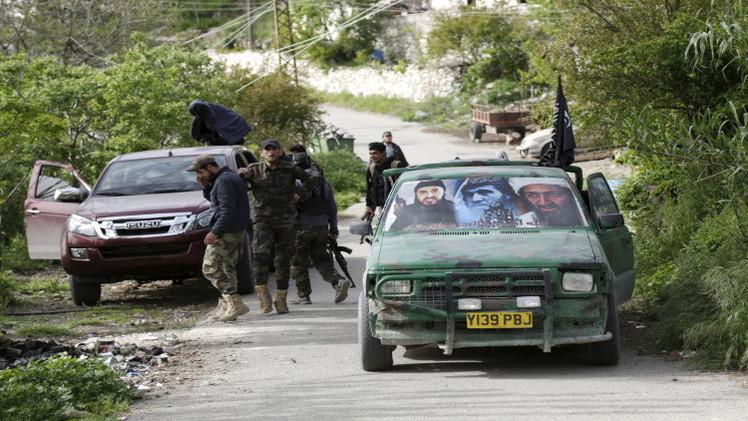 نشطاء: الجيش السوري يستعيد أربع قرى في سهل الغاب