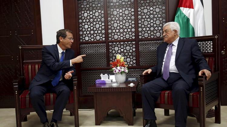 زعيم المعارضة الإسرائيلية يؤكد لعباس ضرورة منع انتفاضة ثالثة