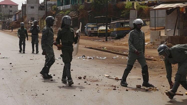 الحكومة الغينية تمهد لانتخابات رئاسية باتفاق مع المعارضة