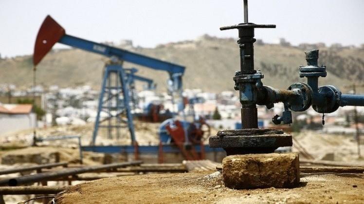 النفط يتراجع بفعل تنامي المخاوف بشأن الاقتصاد العالمي