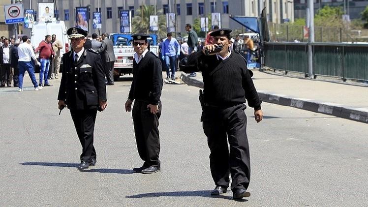 مصر.. احتجاج نحو 200 شرطي مطالبين برفع أجورهم