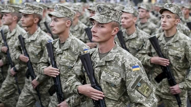 كييف تسعى لبناء جيش جديد يناسب أعلى معايير الناتو