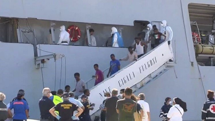 إيطاليا.. إنقاذ عدد قياسي من المهاجرين في المتوسط