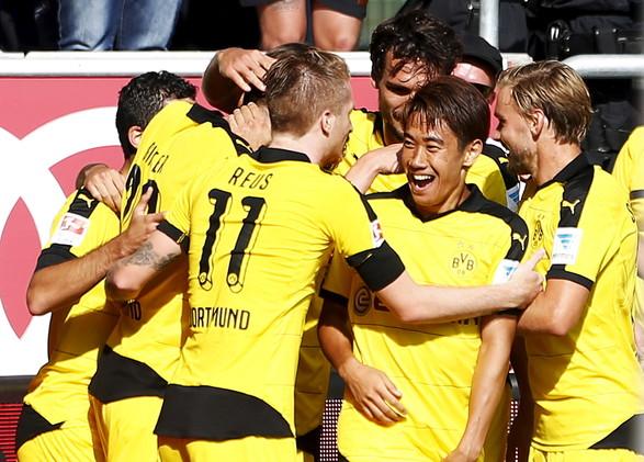 دورتموند يواصل نتائجه الكبيرة في الدوري الألماني