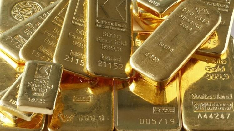 الذهب مازال ثابتا في أعلى مستوى له منذ 7 أسابيع