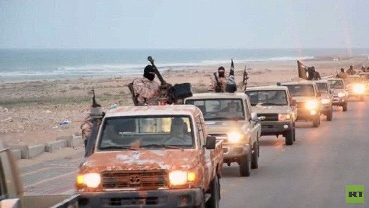 انقطاع الاتصالات عن شرق ليبيا وقتلى لداعش بغارات جوية