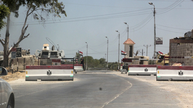 مصر.. مقتل شرطيين بهجوم مسلح في العريش