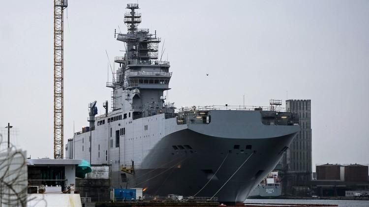 فرنسا تعيد 900 مليون يورو لروسيا بعد إلغاء صفقة