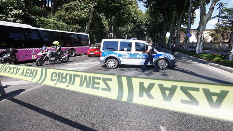 إصابة 8 أشخاص في تبادل لاطلاق النار بمحطة حافلات باسطنبول