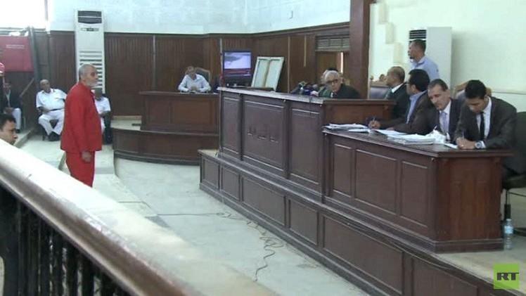 محكمة الجنايات المصرية تحيل 12 متهما بالإرهاب للمفتي