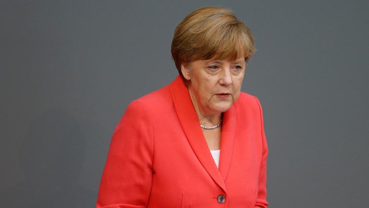 ميركل: لا نستطيع حاليا رفع العقوبات ضد روسيا لكن نريد التعاون معها
