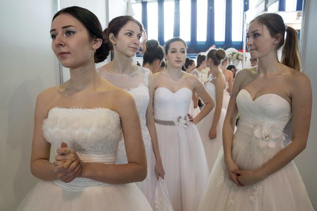 أمريكي يرفع دعوى قضائية ضد حظر تعدد الزوجات