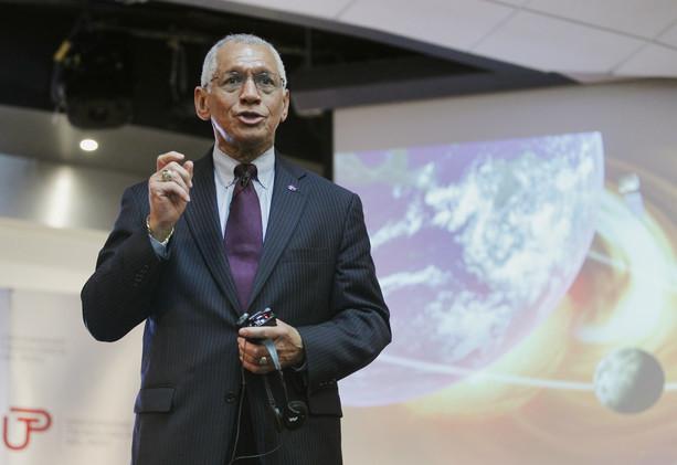 ناسا: اعتماد الولايات المتحدة على روسيا في نقل رواد الفضاء أمر محرج