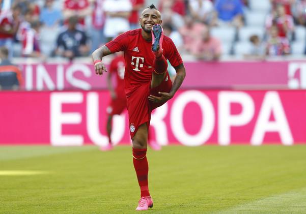 بايرن يتجاوز ليفركوزن بثلاثية في الدوري الألماني