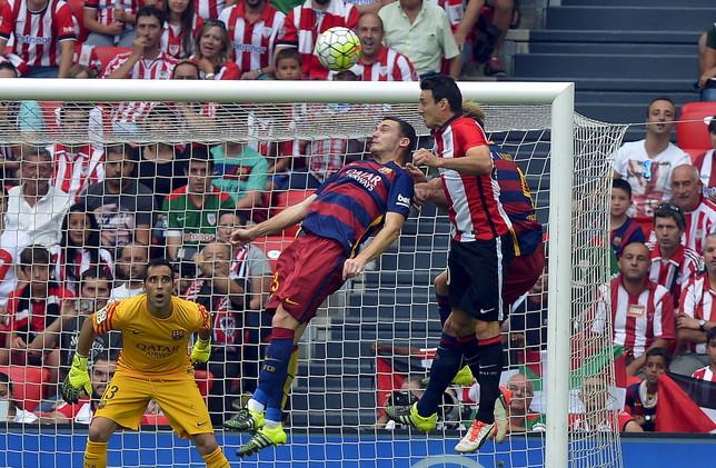 (فيديو) فوز دراماتيكي لـ برشلونة ضد ملقة في الدوري الإسباني