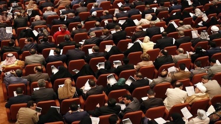 البرلمان العراقي يجدد ثقته بوزير الكهرباء رغم التظاهرات المطالبة باستقالته