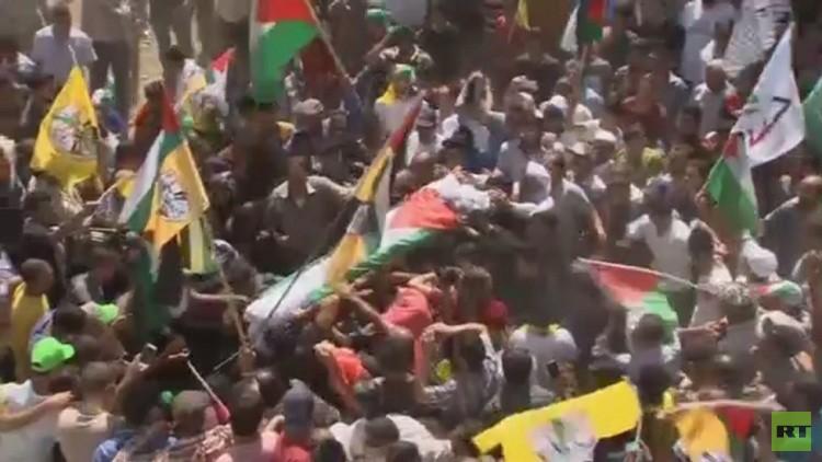 السلطة الفلسطينية تتوعد إسرائيل بملاحقة قتلة سعد الدوابشة