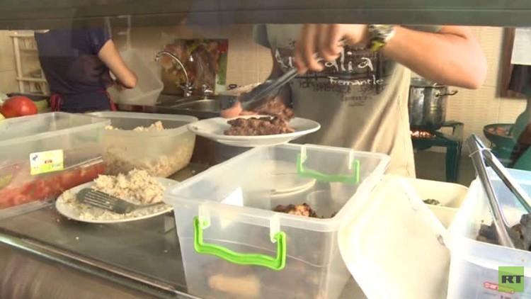 في لبنان.. مطعم يقدم الوجبات بالمجان