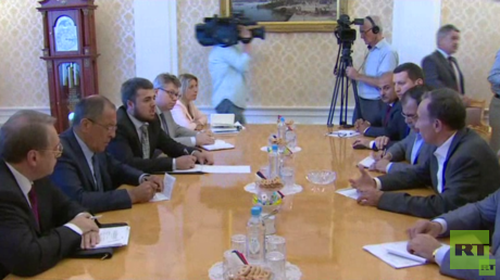 الاجتماع بين وزير الخارجية الروسي سيرغي لافروف ووفد لجنة المتابعة لمؤتمر