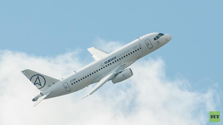 طائرة الركاب الروسية  سوبرجيت- 100