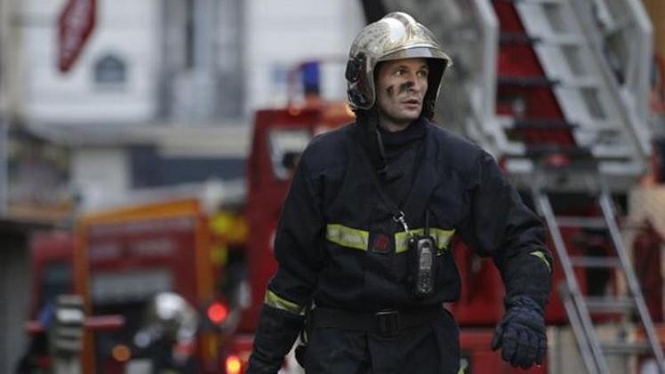 8 قتلى في حريق نشب بمبنى شمال باريس