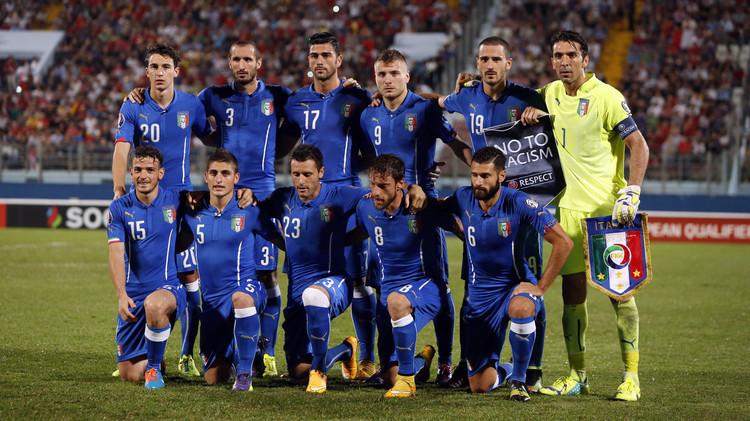 كثرة اللاعبين الأجانب في الكالتشيو تؤرق مدرب إيطاليا كونتي