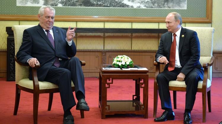 بوتين: التعاون الروسي الصيني سيتطور رغم التقلبات الاقتصادية