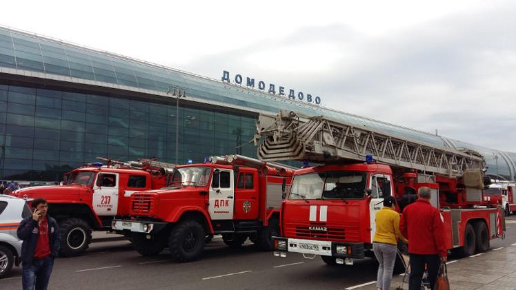 موسكو.. تأجيل 60 رحلة وإجلاء 3 آلاف من مطار