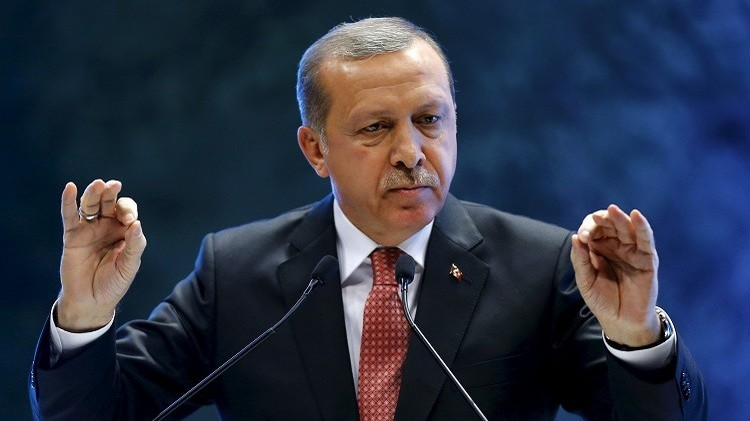 أردوغان يتهم الدول الأوروبية بتحويل المتوسط إلى