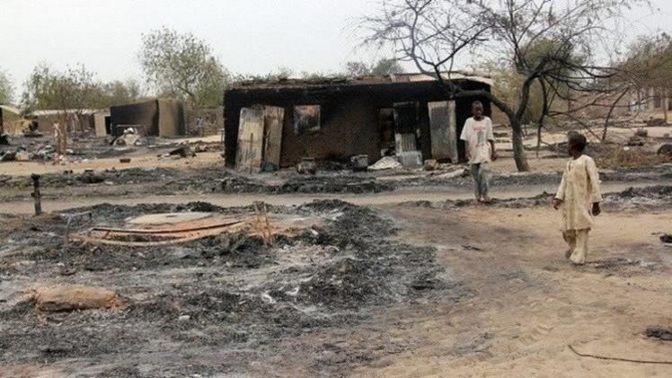 نيجيريا.. مقتل نحو 100 شخص أغلبهم غرقا إثر هجوم شنته