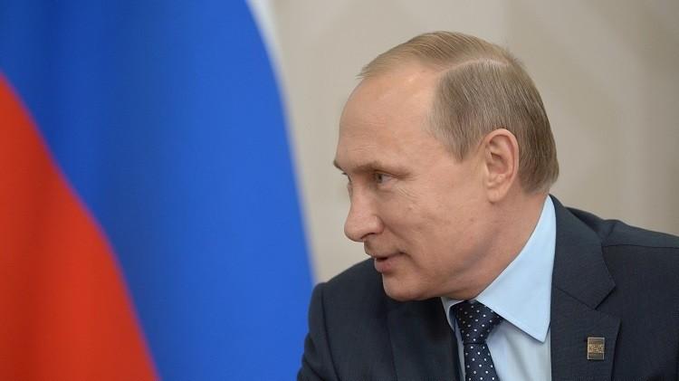 بوتين: السوريون يهربون من