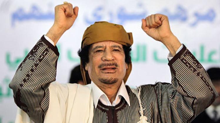 القذافي لم يعد يغزو أوروبا بالمهاجرين لكنه حذرها من ذلك
