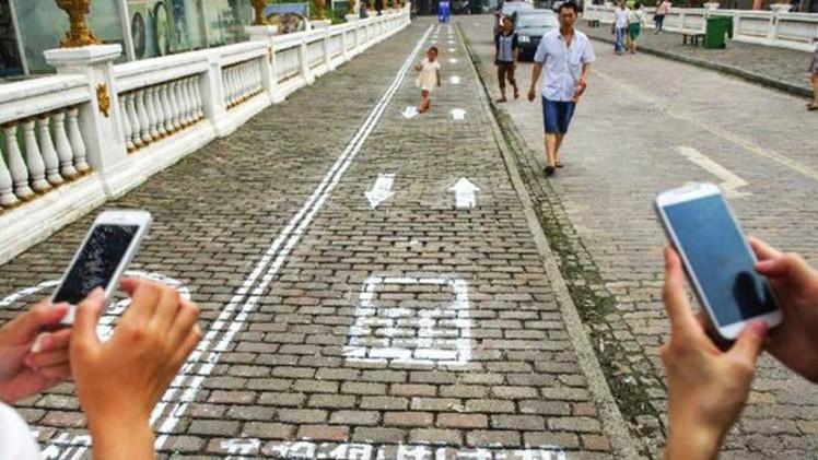 إدمان الهواتف الذكية يزداد انتشارا إلى حد مُقلق في آسيا