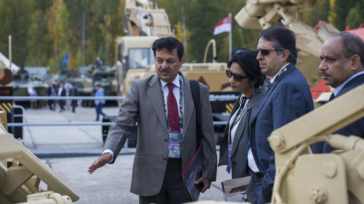 موسكو تؤكد استعدادها لتعزيز التعاون العسكري التقني مع مصر