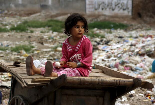 انخفاض معدلات وفاة الأطفال دون سن الخامسة منذ عام 1990 إلى النصف