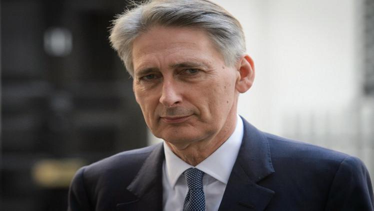 هاموند: لندن مستعدة لبقاء الأسد رئيسا لفترة انتقالية
