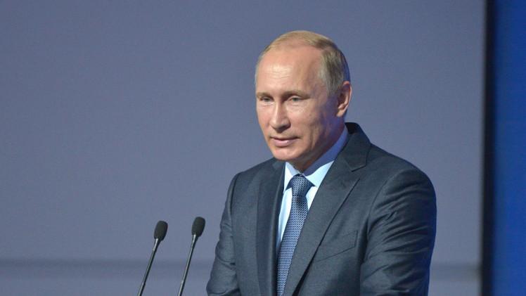 بوتين يدعو إلى تعزيز التعاون الدولي في إجراء عمليات إنسانية
