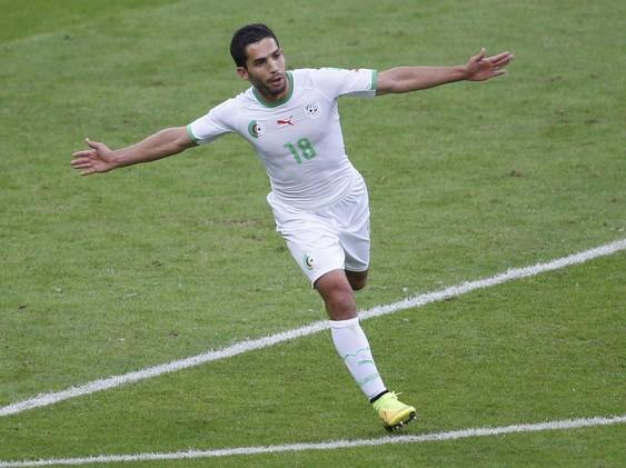 النادي الإفريقي يجدد عقد الجزائري غابو
