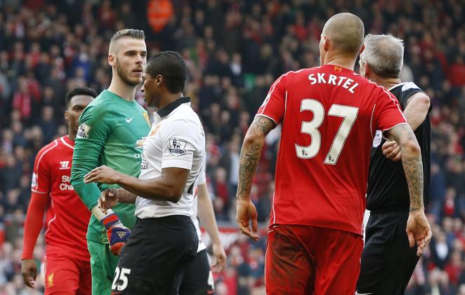 ليفربول يأمل في العودة إلى الطريق الصحيحة على أكتاف مانشستر يونايتد