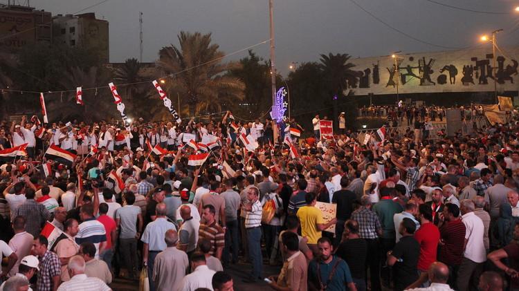 آلاف العراقيين يتظاهرون للجمعة السابعة على التوالي ضد الفساد