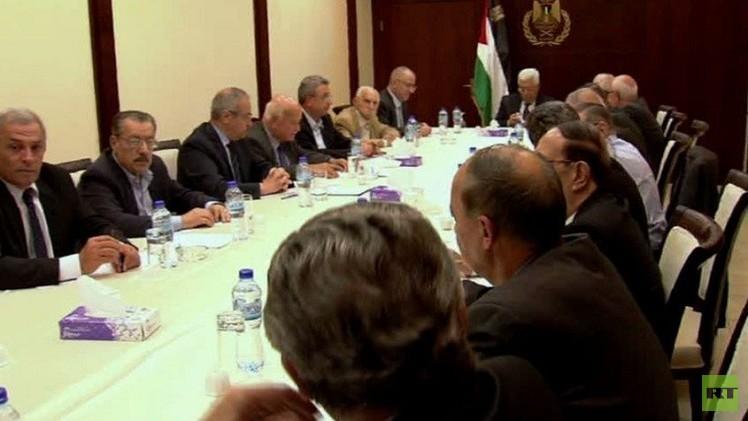 القيادة الفلسطينية تستنكر اقتحام الأقصى